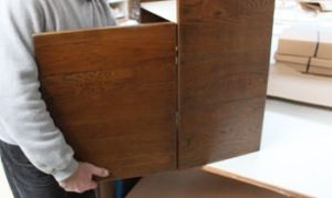 du ch ne vieilli sur des lignes contemporaines On assemblage bois meuble
