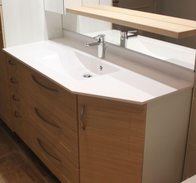 Meuble de salle de bains avec pan coup atlantic bain - Toilette gain de place ...