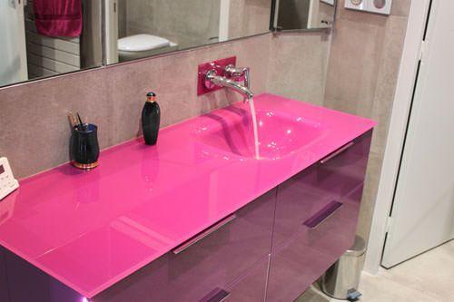 Meuble salle de bain robinet mural meubles de salle bains for Meuble mural en verre
