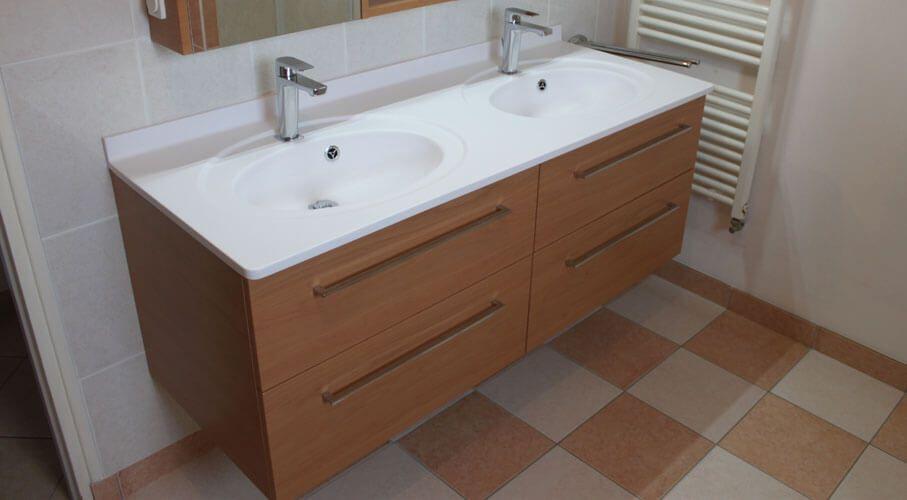 Double vasque salle de bain en verre meilleures id es cr atives pour la conception de la maison for Vasque salle de bain en verre