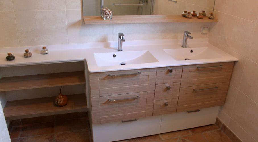 Meuble de salle de bain entre deux murs atlantic bain for Plan de toilette salle de bain