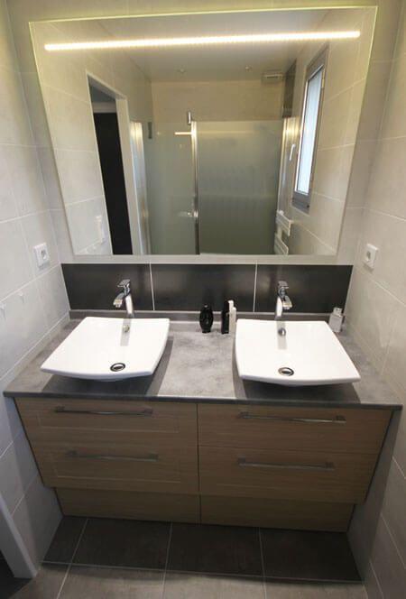 un meuble double vasque pratique entre deux murs atlantic bain. Black Bedroom Furniture Sets. Home Design Ideas