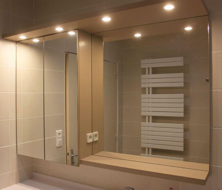 4 id es pour une salle de bains pratique et fonctionnelle for Miroir de courant mos