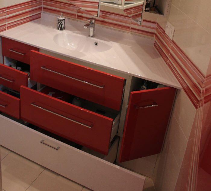 Un meuble entre murs avec un angle ouvert 135 - Meuble salle de bain orange ...