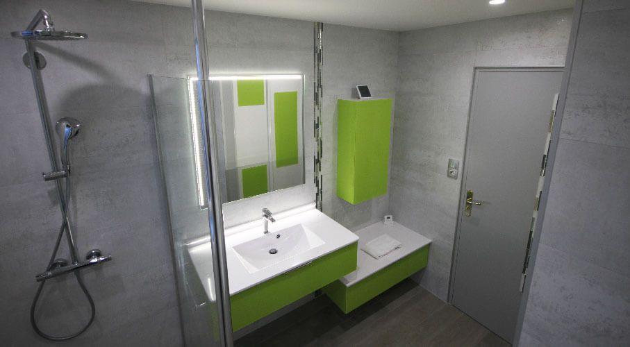salle-de-bain-modern-et-design-eclairage-led