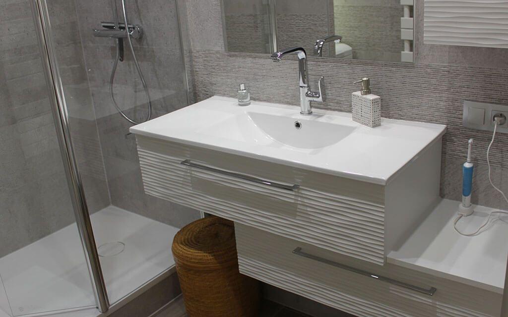 Salle de bain nantes fabricant de meubles sur mesure for Sdb design