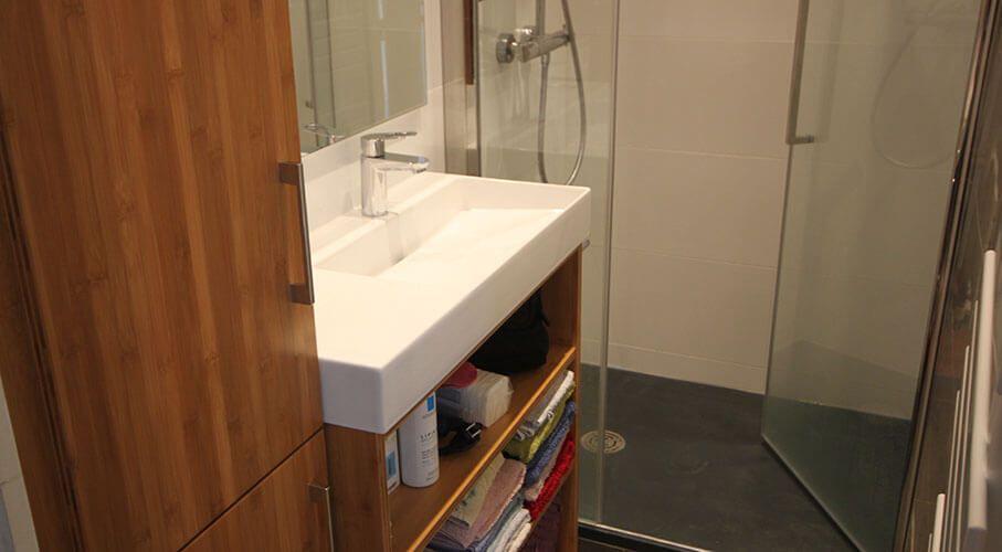 Meuble pour une mini salle de bain atlantic bain for Combien de metre carre pour une salle de bain