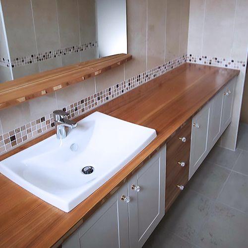 Vaduz meuble essentiel atlantic bain for Ou trouver meuble de salle de bain