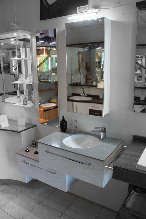 meubles d 39 expositions sold s atlantic bain. Black Bedroom Furniture Sets. Home Design Ideas