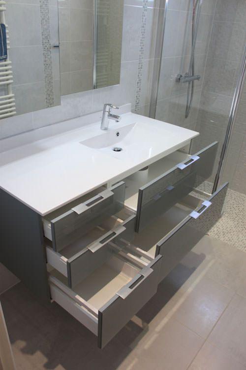 R novation d 39 une salle de bain atlantic bain - Salle de bain pratique ...
