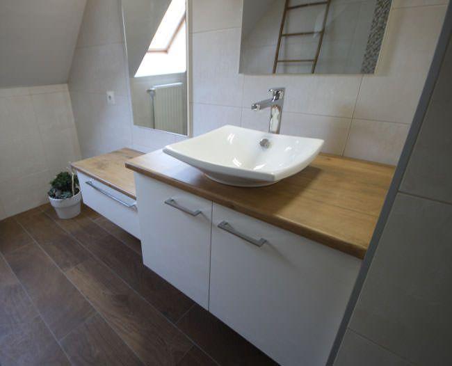 Mariage du blanc et du bois sur un meuble d cal for Meuble sous vasque a poser