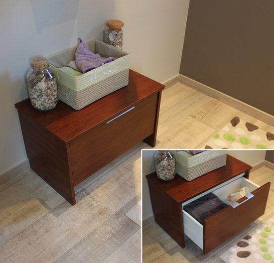 Am nagement d 39 une salle de bain avec des meubles en bois for Banc pour salle de bain