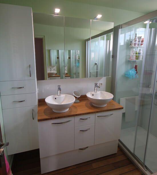 un meuble de salle de bain fonctionnel avec du rangement atlantic bain. Black Bedroom Furniture Sets. Home Design Ideas
