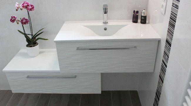 Meuble Salle De Bain Décalé : Meuble décalé en escalier pour salle de bain moins