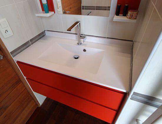 salle de bain meuble standard ou meuble sur mesure. Black Bedroom Furniture Sets. Home Design Ideas