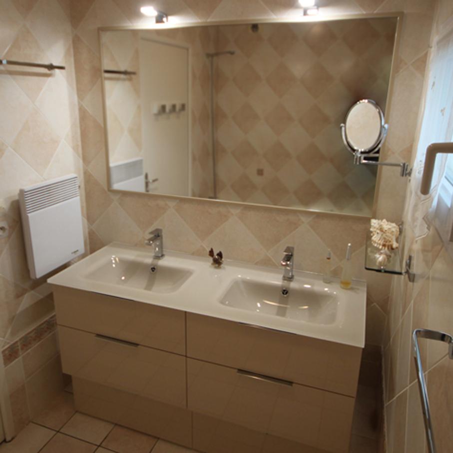 marrakech-meuble-classique-salle-bain-sahara