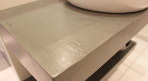 effet-beton-cire-salle-bain-gris