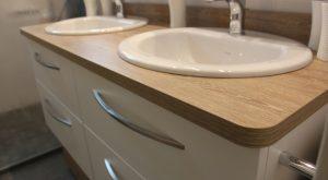 meuble-double-vasque-tiroirs-blanc-plan-toilette-bois