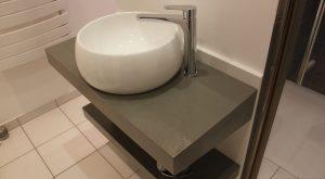 salle-bain-vasque-ronde-plan-resine